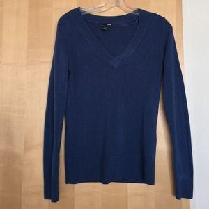 Classic oxford sweater in cerulean blue