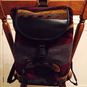 Pendleton Handbags - Wool and leather backpack.