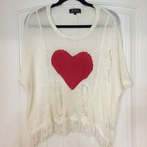 Tops - Destroyed heart sweater