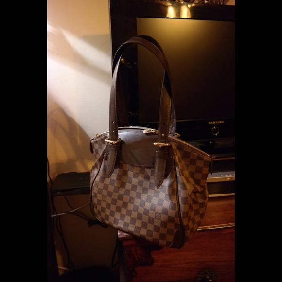18920970cd Louis Vuitton Verona MM in Damier Ebène canvas bag. Louis Vuitton.  M_54a21b054a581e2e9002f341. M_54a21b0a88e3c66f4b0302ea.  M_54a21b0f3a3efc2e65032835