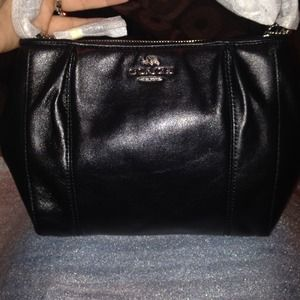 NWT coach Colette leather swing pack