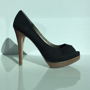 Pelle Moda Black Suede Pumps