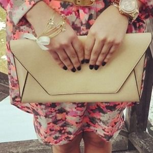 Zara Clutches & Wallets - Clutch