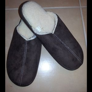 Charter Club Shoes - NWOT ✴️BROWN✴️ Winter Slippers from Macy's