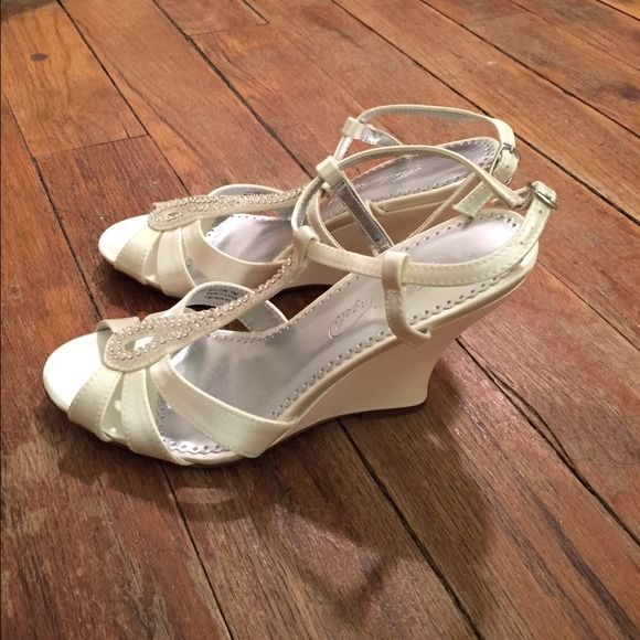 44 Off Michaelangelo Shoes