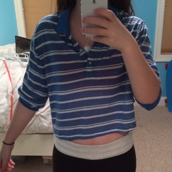 Urban outfitters semi cropped blue and white collared for Cropped white collared shirt