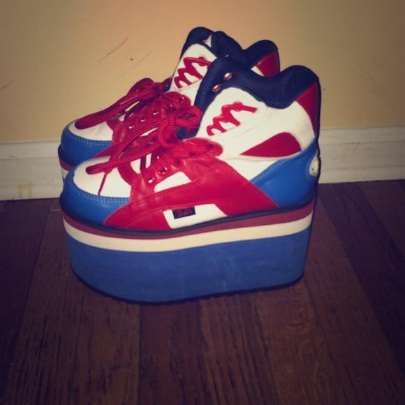 23c4636a23c4 Buffalo David Bitton Shoes - Blue White   Red Buffalo Tower Platform  Sneakers