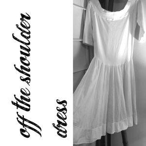 ❌SALE❌ Off the shoulder white knit dress