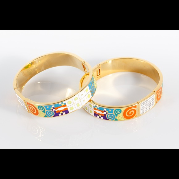 Jewelry - Stainless steel, 18karat gold plated bangle