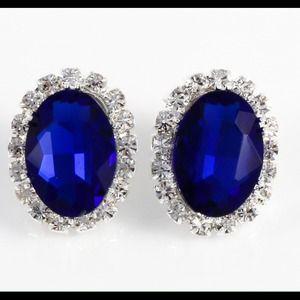 Sapphire blue stud earrings
