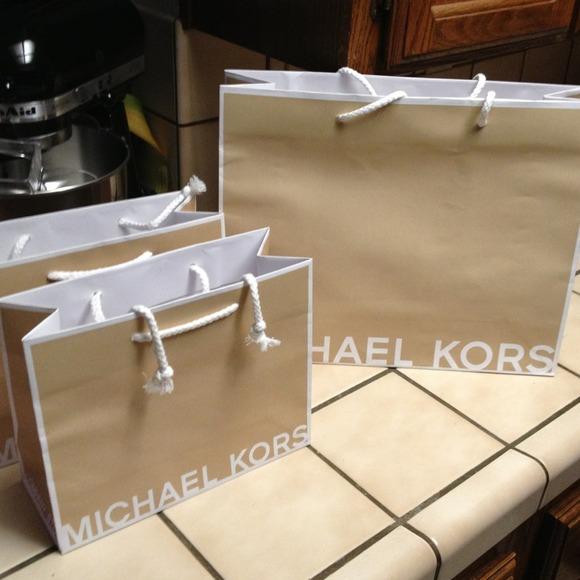 27fc0fe0449e Authentic Michael Kors paper bags. M 54a49c1f9da2596561084629