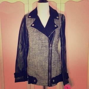 Betsey Johnson Jackets & Blazers - Betsey Johnson Tweed Moto Jacket.