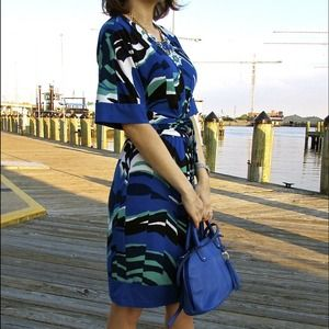 BCBGMAXAZRIA Printed dress