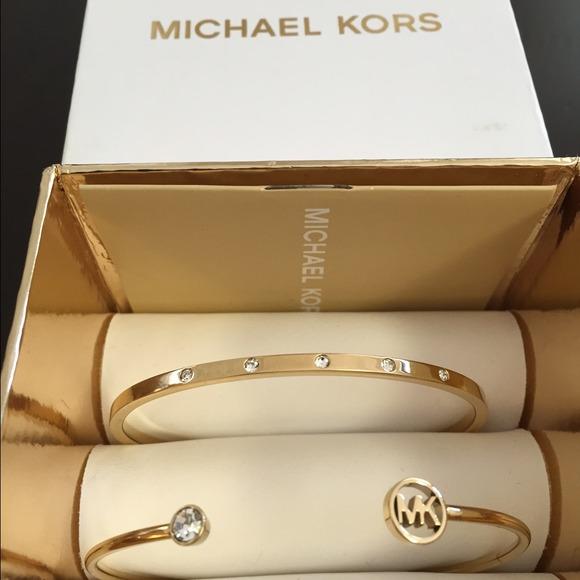 575c0967a076cd Michael Kors Jewelry | New Bangle Set | Poshmark
