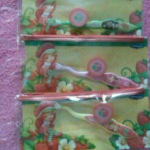 Kids* 3 set Strawberry short cake toothbrush w/cap