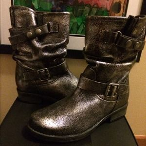 Chinese Laundry Shoes - Brand NEW never worn metallic boots!!