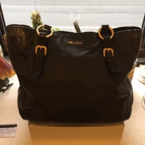5f0f7e341ef6 🌟Authentic Prada Black Nero Tessuto Leather Bag🌟.  M 54a614fd018efa1c300fda52