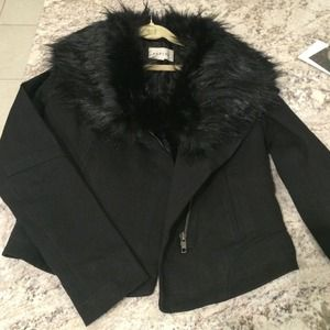 Sabine black twill jacket with faux fur trim