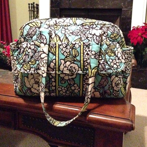 60 off vera bradley handbags authentic vera bradley island bloom diaper bag from melissa 39 s. Black Bedroom Furniture Sets. Home Design Ideas