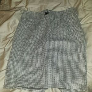 Cute light grey pencil skirt