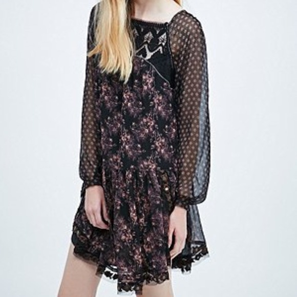 Free People Dresses & Skirts - Free People Dark Floral Dress