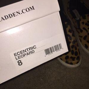 Steve Madden Shoes - Steve Madden leopard slip ons