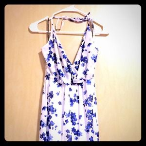 Cute white with blue small flowers maxi dress