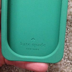 kate spade Accessories - Kate spade toucan iPhone 5/5s phone case