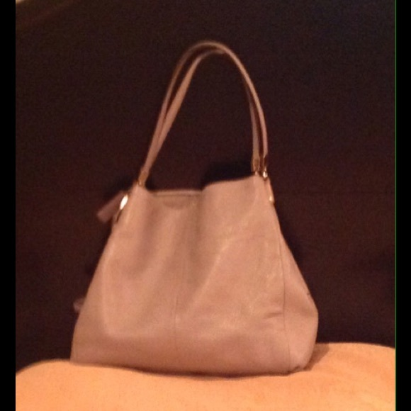 b7e5c85e332f ... wholesale coach madison leather small phoebe shoulder bag e93e2 32901
