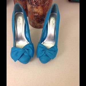 Coral greenish blue platform heels
