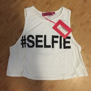 #selfie crop top