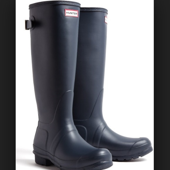 32% off Hunter Boots - Navy blue hunter boots (not glossy) from ...