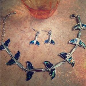 Whale tail/fluke. Abalone & silver tone bracelet
