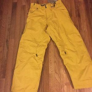 oakley snowboarding prj3  Oakley Outerwear