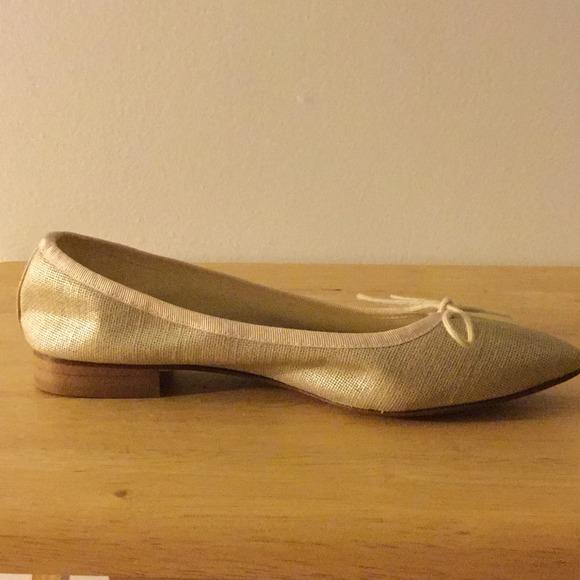 83 Off London Sole Shoes London Sole Metallic Gold