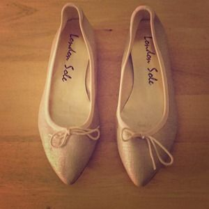 London Sole Shoes - London Sole metallic gold shoes