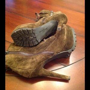f449dbc9e Sam Edelman Shoes - Sam Edelman Army Green Suede Vancouver Boots