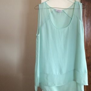1 State sleeveless top