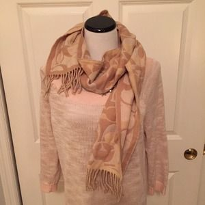 Signature Coach Winter Scarf