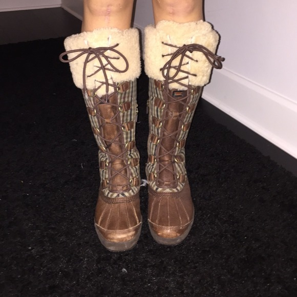 Ugg Snow Boots Lace Up Fur Leather Duck