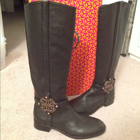 78819247332 ⚡️SALE Tory Burch Amanda Riding Boots with gold. M 54aa7621bb27a44d382beb0b