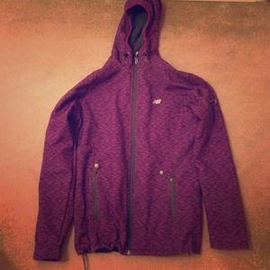 nb hoodie