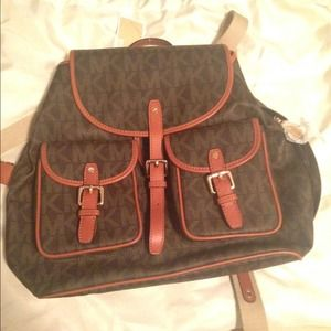 b8239e70bcc29 Buy michael kors book bag > OFF65% Discounted