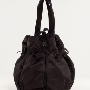 772e374b4fe lululemon athletica Bags | Nwt Lululemon Bliss Bag Black | Poshmark