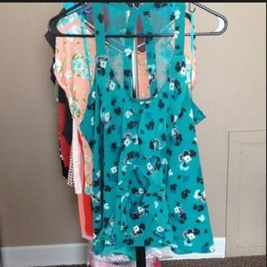 LC by Lauren Conrad green sleeveless blouse