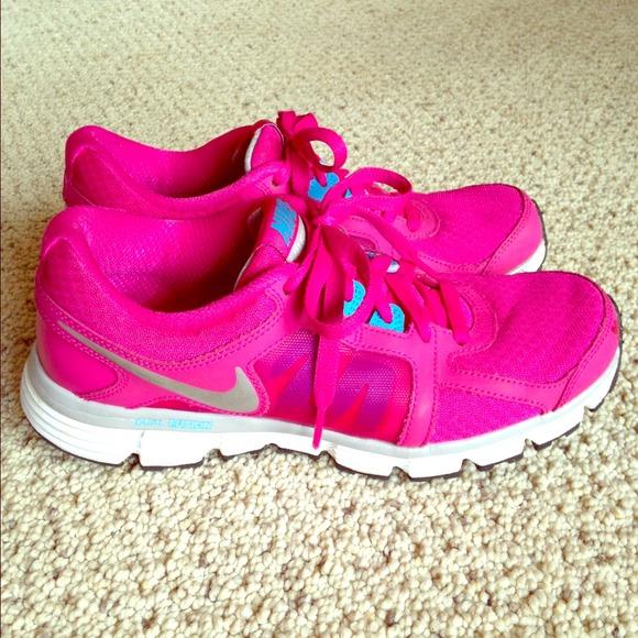 42877bd1873e hot pink nike sneakers