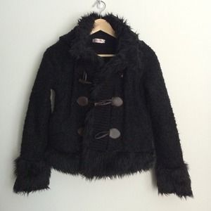 Jackets & Blazers - HP 🎉 Faux shearling short coat