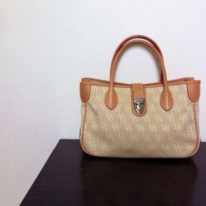 Dooney & Bourke monogram purse