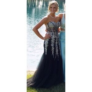 Black and Silver Mermaid Prom Dresses
