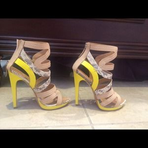 Yellow gladiator L.A.M.B heels